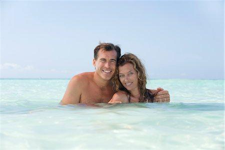 Couple in ocean, portrait Stock Photo - Premium Royalty-Free, Code: 632-05844973