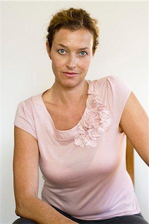 Mature woman, portrait Stock Photo - Premium Royalty-Free, Code: 632-05845019