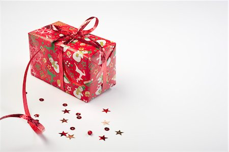 Christmas gift Stock Photo - Premium Royalty-Free, Code: 632-05991325