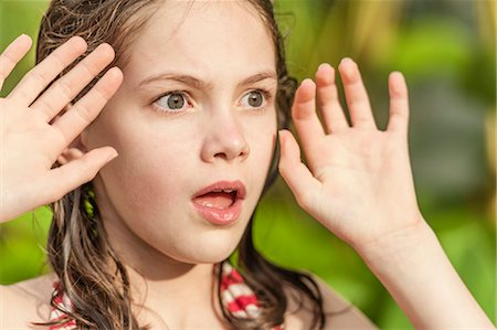 preteen open mouth - Girl with surprised expression Stock Photo - Premium Royalty-Free, Code: 632-06029773