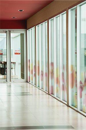Empty corridor Stock Photo - Premium Royalty-Free, Code: 632-06118632