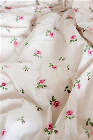 Floral patterned fabric, close-up Stock Photo - Premium Royalty-Free, Code: 632-06317510