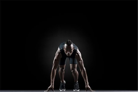 runner (male) - Runner at starting line Stock Photo - Premium Royalty-Free, Code: 632-06317932