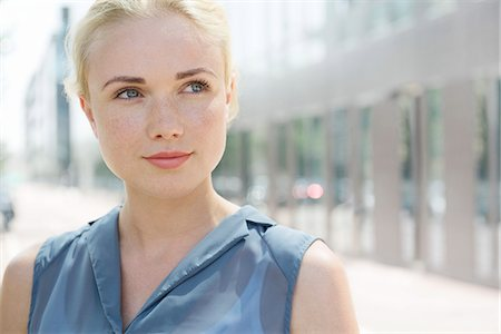 Young woman, portrait Stock Photo - Premium Royalty-Free, Code: 632-07161610