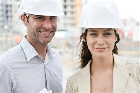 professional (pertains to traditional blue collar careers) - Engineers at construction site Stock Photo - Premium Royalty-Free, Code: 632-07495018