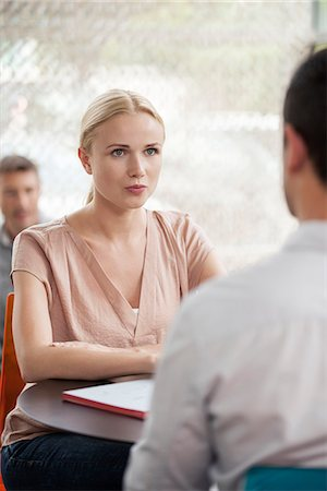 Woman having informal meeting with colleague Stock Photo - Premium Royalty-Free, Code: 632-08130134