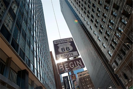 Sign marking the beginning of Historic Route 66 in Chicago, Illinois, USA Stock Photo - Premium Royalty-Free, Code: 632-08227498