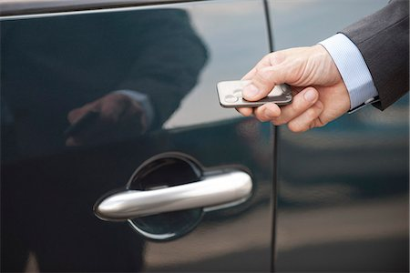 Keyless entry to car Stock Photo - Premium Royalty-Free, Code: 632-08227543