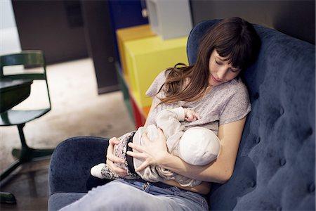 Mother nursing infant Stock Photo - Premium Royalty-Free, Code: 632-08545851