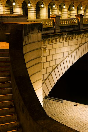 France, Paris, detail of the Pont de Bercy Stock Photo - Premium Royalty-Free, Code: 632-03500706
