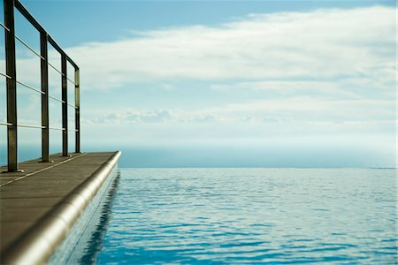 refraction - Infinity pool Stock Photo - Premium Royalty-Free, Code: 632-03779623