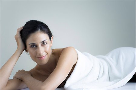 Woman relaxing at health spa Stock Photo - Premium Royalty-Free, Code: 633-08639121