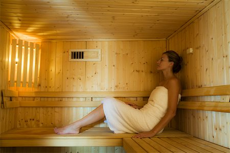 Woman relaxing in sauna Stock Photo - Premium Royalty-Free, Code: 633-03444497