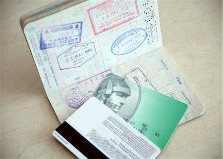 Passport and credit cards Stock Photo - Premium Royalty-Free, Code: 644-01436551