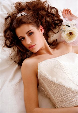 doing sex - Bride lying down on wedding bed Stock Photo - Premium Royalty-Free, Code: 644-01437170