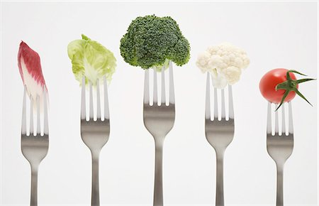 fork - Close up of vegetables on forks Stock Photo - Premium Royalty-Free, Code: 649-04248453