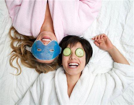 facial - Women in bathrobes wearing eye masks Stock Photo - Premium Royalty-Free, Code: 649-05555825