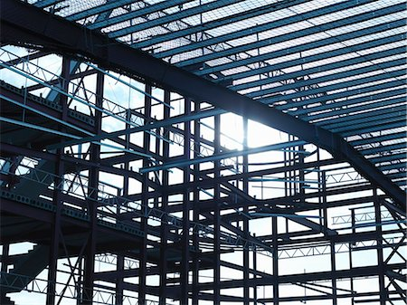 estructura - Steel frame at construction site Foto de stock - Sin royalties Premium, Código: 649-05657951