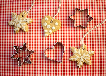 star shape background - Decorative cookies with cutters Stock Photo - Premium Royalty-Free, Code: 649-05949448