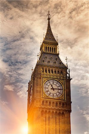 Big Ben clock tower in cloudy sky Stock Photo - Premium Royalty-Free, Code: 649-05951142