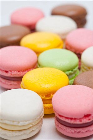 sweet   no people - Close up of colored macarons Stock Photo - Premium Royalty-Free, Code: 649-06001951