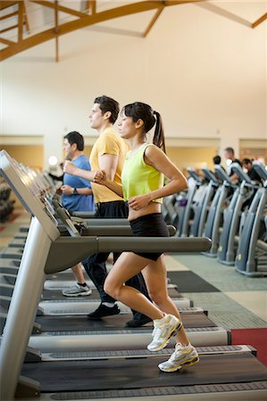 fitness older women gym - People using treadmills in gym Stock Photo - Premium Royalty-Free, Code: 649-06042025