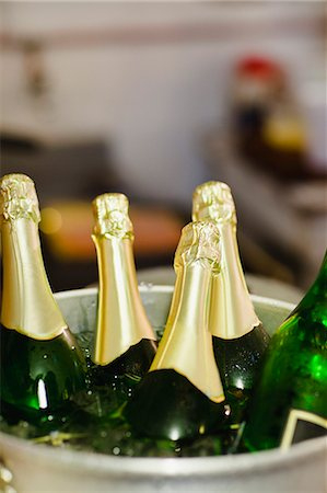 Close up of bucket of champagne Stock Photo - Premium Royalty-Free, Code: 649-06112728