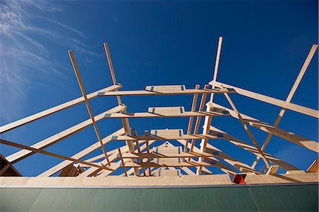 estructura - Roof of building under construction Foto de stock - Sin royalties Premium, Código: 649-06113886