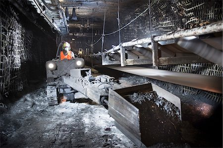 people working coal mines - Coal miner working in mine Stock Photo - Premium Royalty-Free, Code: 649-06164916