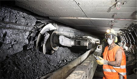 supervising - Coal miner working in mine Stock Photo - Premium Royalty-Free, Code: 649-06164912