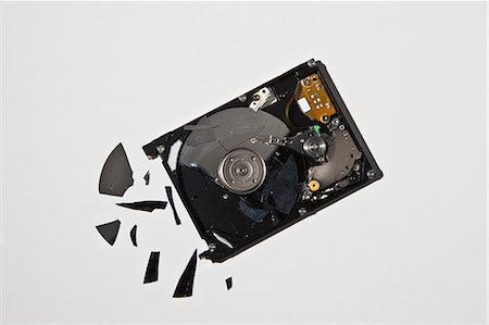 Pile of smashed computer parts Stock Photo - Premium Royalty-Free, Code: 649-06165315