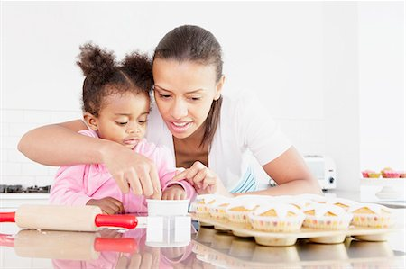 Mother and daughter baking together Stock Photo - Premium Royalty-Free, Code: 649-06305118