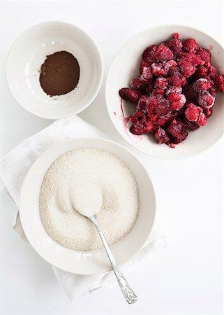 sugar - Bowls of fruit, sugar and cocoa Stock Photo - Premium Royalty-Free, Code: 649-06432830