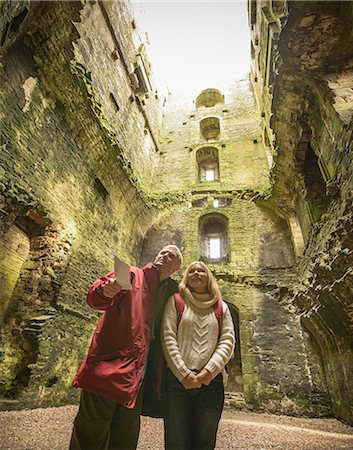 european - Couple exploring medieval castle Stock Photo - Premium Royalty-Free, Code: 649-06489553