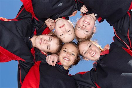 five people - Girls smiling in circle Stock Photo - Premium Royalty-Free, Code: 649-06490114