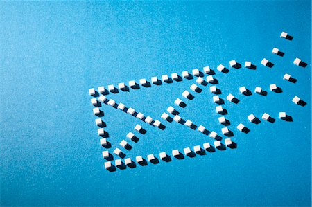 sugar - Sugar cubes in envelope shape Stock Photo - Premium Royalty-Free, Code: 649-06532916