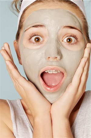 preteen beauty - Smiling girl wearing face mask Stock Photo - Premium Royalty-Free, Code: 649-06533083