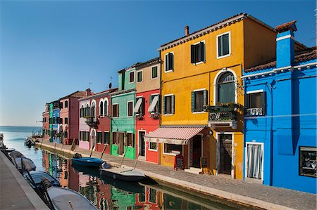 Buildings on urban canal Stock Photo - Premium Royalty-Free, Code: 649-06533168
