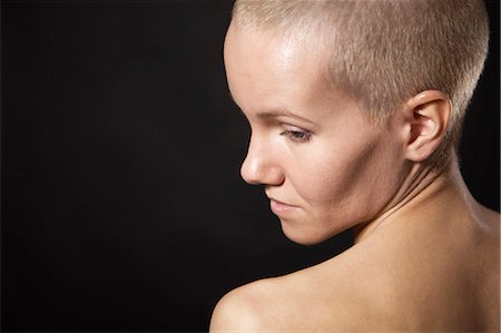 Nude woman with shaved head Stock Photo - Premium Royalty-Free, Code: 649-06622687