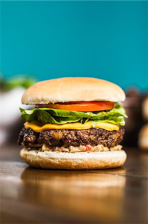 delicious - Close up of cheeseburger Stock Photo - Premium Royalty-Free, Code: 649-06622962