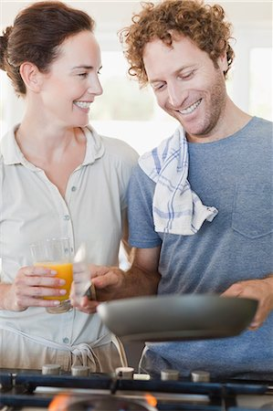 domestic life - Couple talking at breakfast Stock Photo - Premium Royalty-Free, Code: 649-06716952