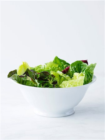 salad - Mixed salad leaves in white bowl Stock Photo - Premium Royalty-Free, Code: 649-06812176