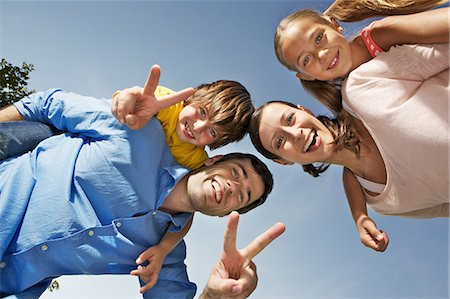 Portrait of family with two children from below Stock Photo - Premium Royalty-Free, Code: 649-06812439