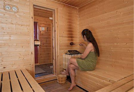 Woman in sauna Stock Photo - Premium Royalty-Free, Code: 649-06813144