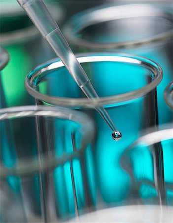 Analytical chemistry - sample being pipetted into test tube for analysis in laboratory Stock Photo - Premium Royalty-Free, Code: 649-06844074