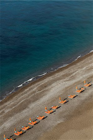 empty - Empty beach chairs on Positano beach, on the Amalfi Peninsula, Campania, Italy Photographie de stock - Premium Libres de Droits, Code: 649-07064006