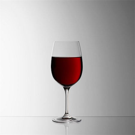 Glass of red wine Stock Photo - Premium Royalty-Free, Code: 649-07065064