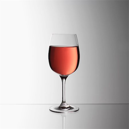 Glass of rosé wine Stock Photo - Premium Royalty-Free, Code: 649-07065066