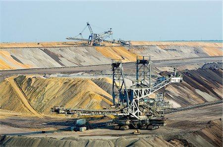 Opencast brown coal mining, Juchen, Germany Stock Photo - Premium Royalty-Free, Code: 649-07063466