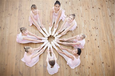 Elevated view of young ballerina in circle formation Stock Photo - Premium Royalty-Free, Code: 649-07063703